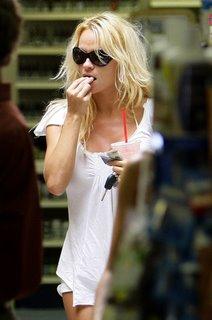 pamela anderson eating
